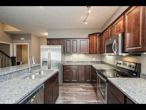 Apartment at 3506 Holmes Park Road in Lincoln Nebraska - 3BD 2.5BA Chateau Apartment For Rent