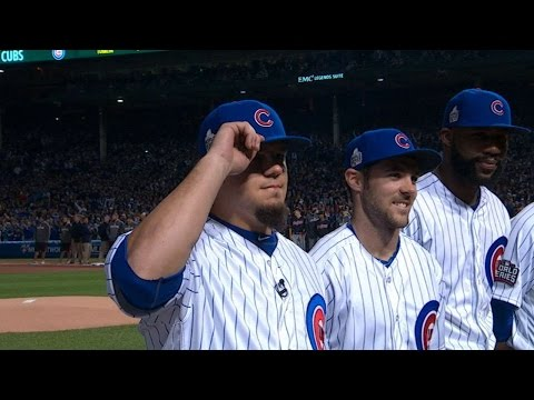 WS2016 Gm3: Schwarber introduced to applause