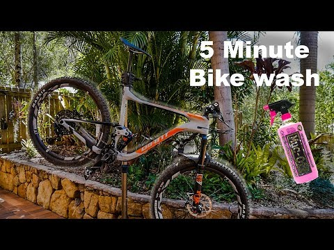 How To Wash Your Mountain Bike In 5 Minutes