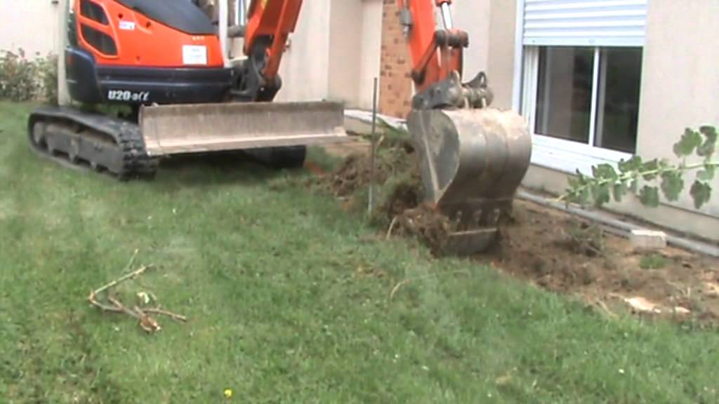 Transformation compl te du tour d 39 une maison youtube for Exterieur d une maison