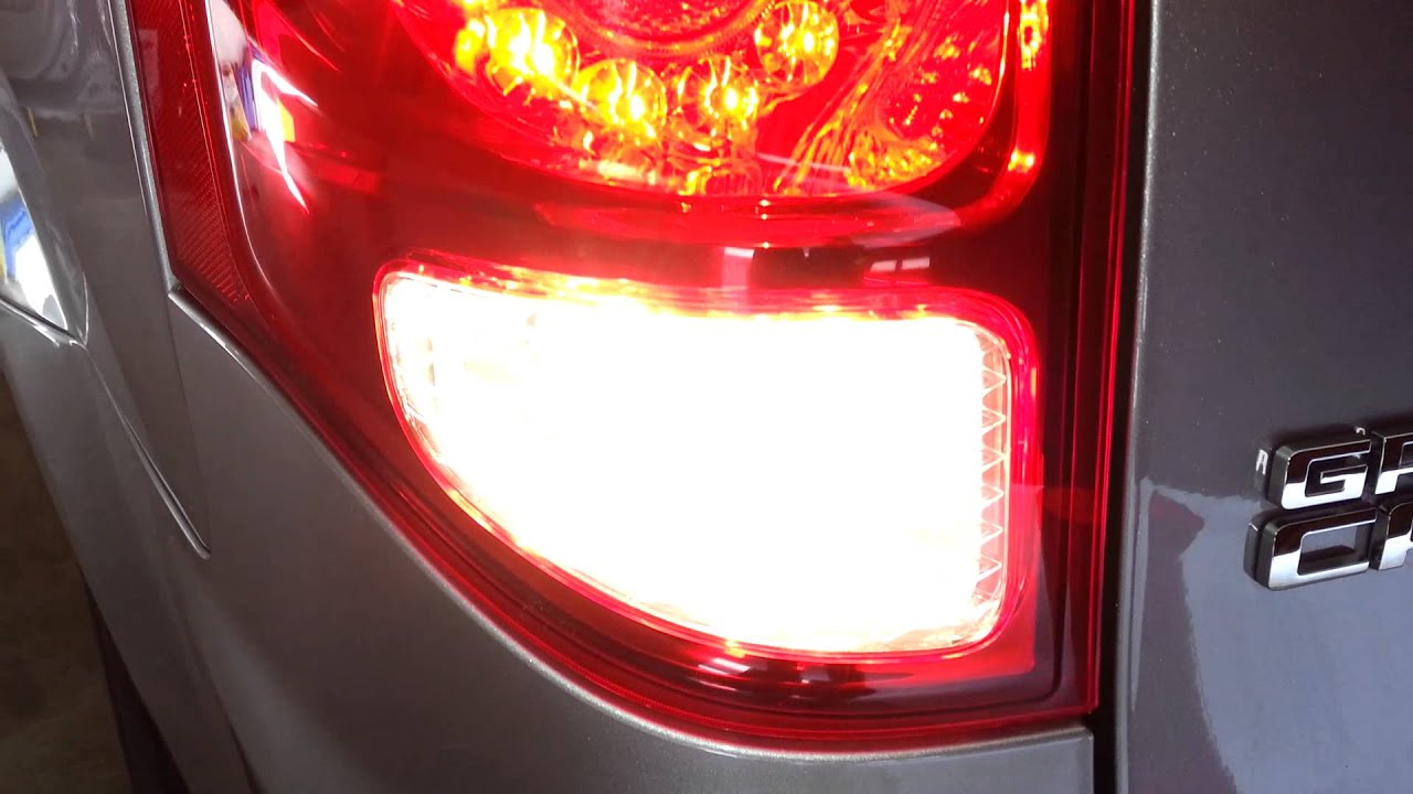 how to change led tail light 2014 town and country