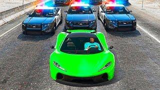 ЗИМНИЕ КОШКИ МЫШКИ В GTA 5! КОПЫ ПРОТИВ БАНДИТА НА BMW! (ЭПИК И УГАР)
