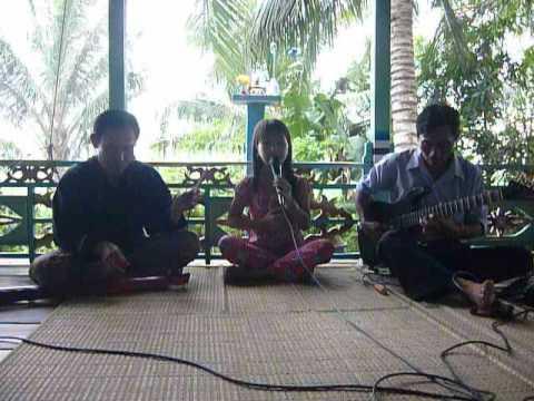 Áo Mới Cà Mau (Phần 3) - Thần đồng cổ nhạc 11 tuổi - Bé Quỳnh Như