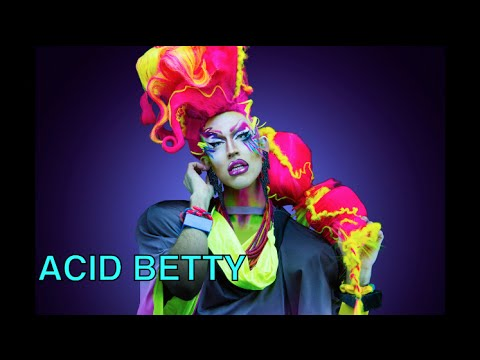 XELLE's Threesome Interview with Acid Betty