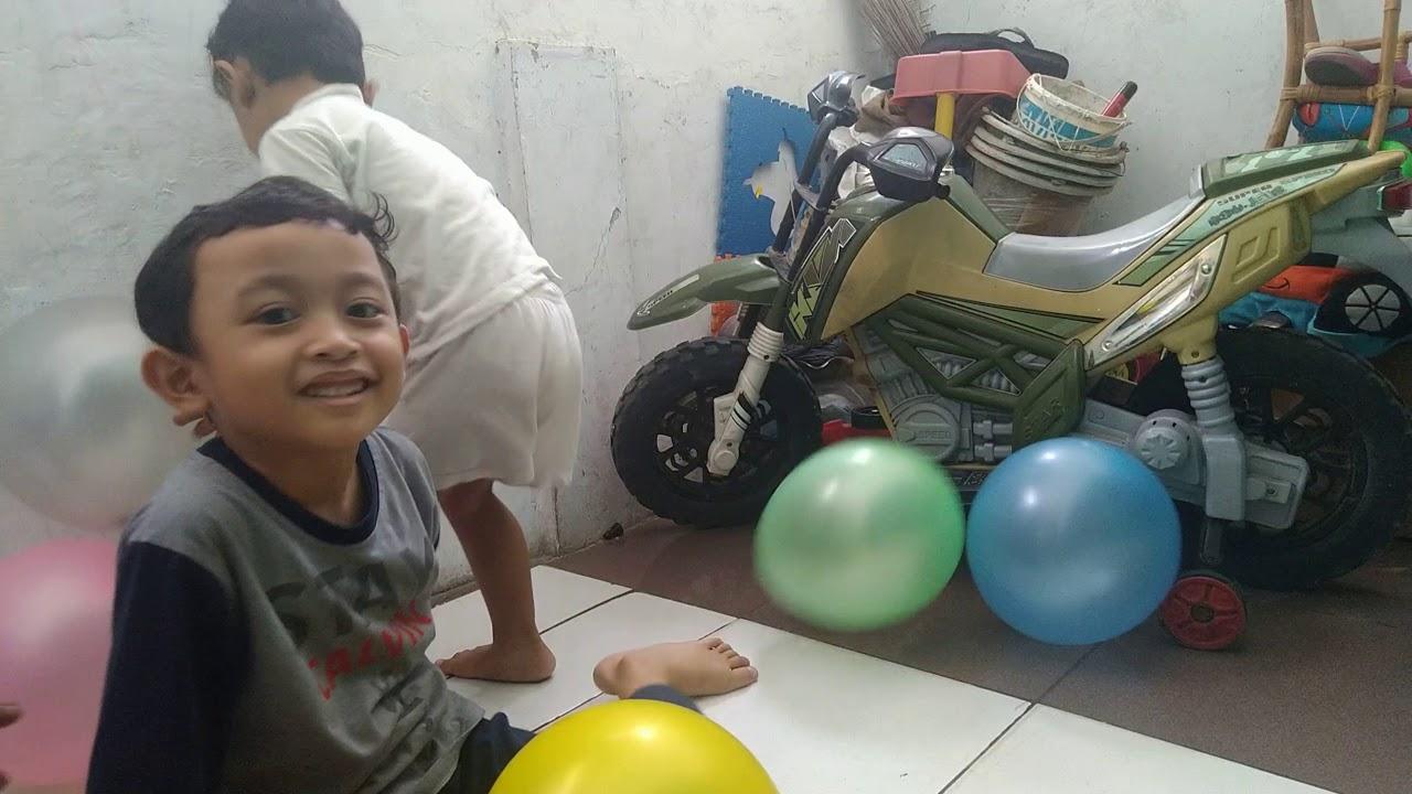 Divi Riandri ✰ Balonku Ada 5 ✰ Lagu Anak Indonesia Populer Sepanjang Masa