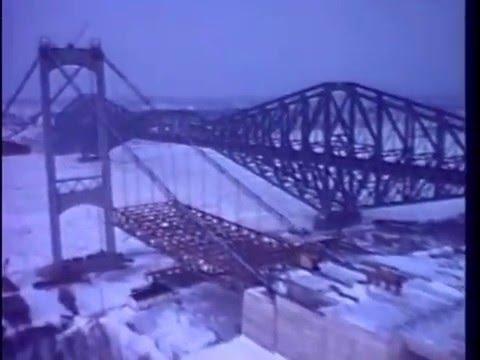 Construction du Pont Pierre-Laporte vers 1968
