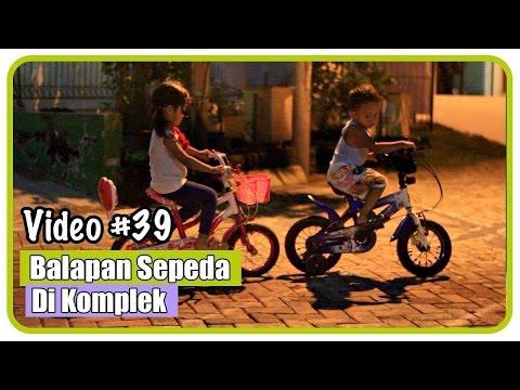 Naik Sepeda Anak Roda Tiga 🚲   Anak Belajar Sepeda Lucu