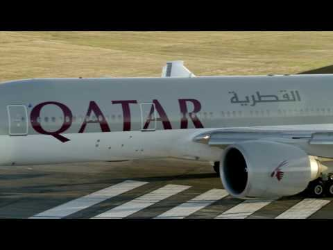 Longest commercial flight: Qatar Airways breaks Guinness world record