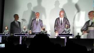 Kraftwerk: Schaufensterpuppen (5th Düsseldorf Concert, 17.01.2013)