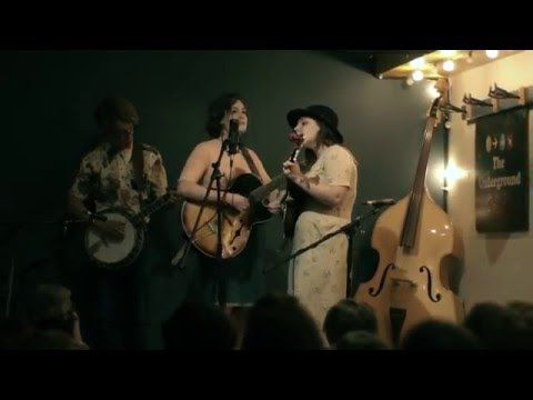 In With The Old - Tell Me How live from the Underground Cafe
