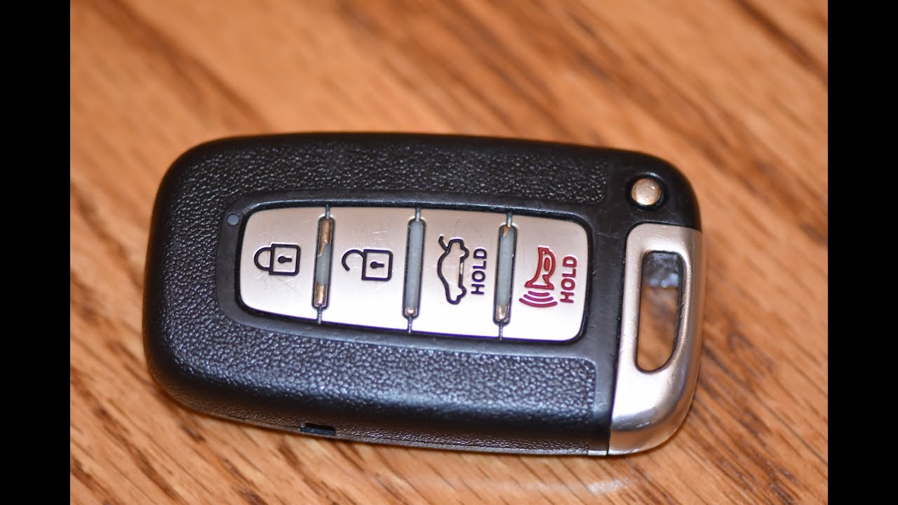 DIY - How to change SmartKey Key fob Battery on Hyundai Genesis / Sonata /  Equus