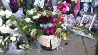 Marilyn Monroe s Grave August 2012