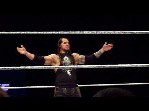 WWE LIve - Baton Rouge, LA: 8/26/17