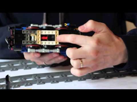 Custom LEGO Power Functions Shunter