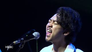 Gambar cover Pamungkas ft. String Quintet - Sorry (Live at Australia Connect)