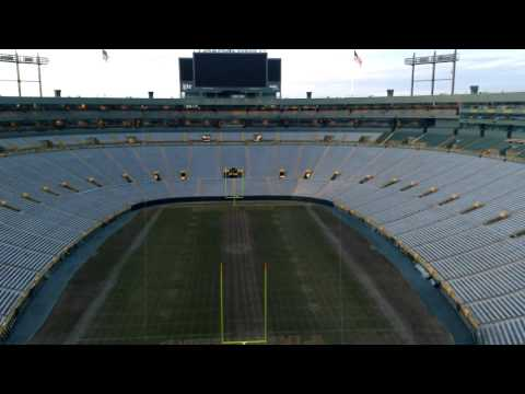 The echo at Lambeau Field! - Listen to the acoustics and how sound carries at Packers games!