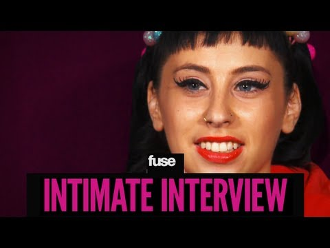 Kreayshawn Pees in the Shower - Intimate Interview