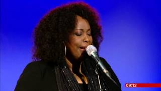 "Music : TV Broadcast : Jools Holland and Ruby Turner, ""Silent Night"" {Boogie Style!!}"