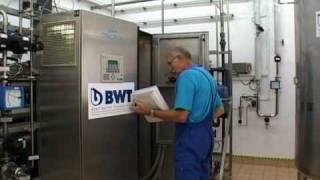 BWT Polska Sp. z o.o. - Prezentacja wideo oferty firmy na Zumi.pl(ZumiWideo ( http://www.zumi.pl/wideo/ ) jest jedną z multimedialnych form prezentacji firmy w lokalizatorze internetowym Zumi.pl. W Zumi.pl można odnaleźć ..., 2009-03-19T03:55:19.000Z)