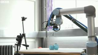 Robots learn to evolve and improve   BBC News