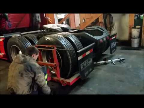 First of many volvo repairs inner Seal leak