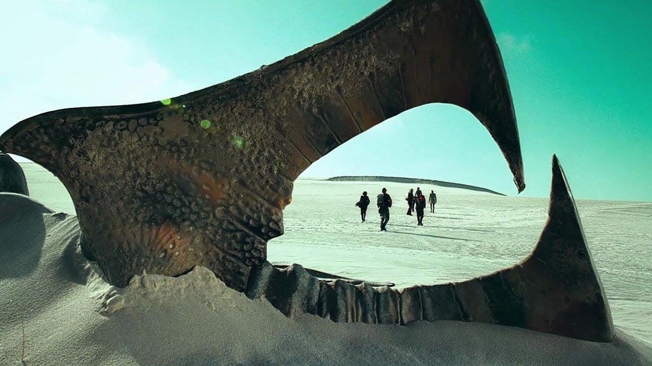 人类迫降蛮荒星球,到怪石头下避暑,却不知它是星球最可怕的东西