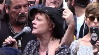 Susan Sarandon, Anti-DAPL Rally, Los Angeles, 11/15/16