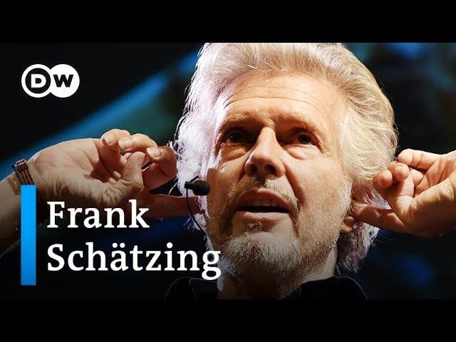 Frank Schätzing: Von Bestsellerautor zum Rockmusiker | DW Interview