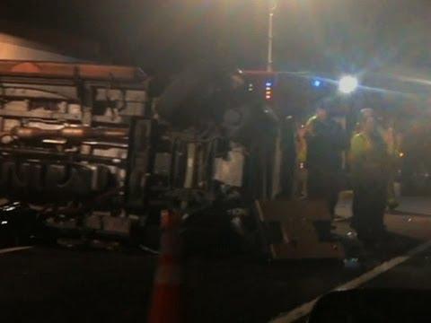 Raw: Aftermath of Crash Injuring Tracy Morgan