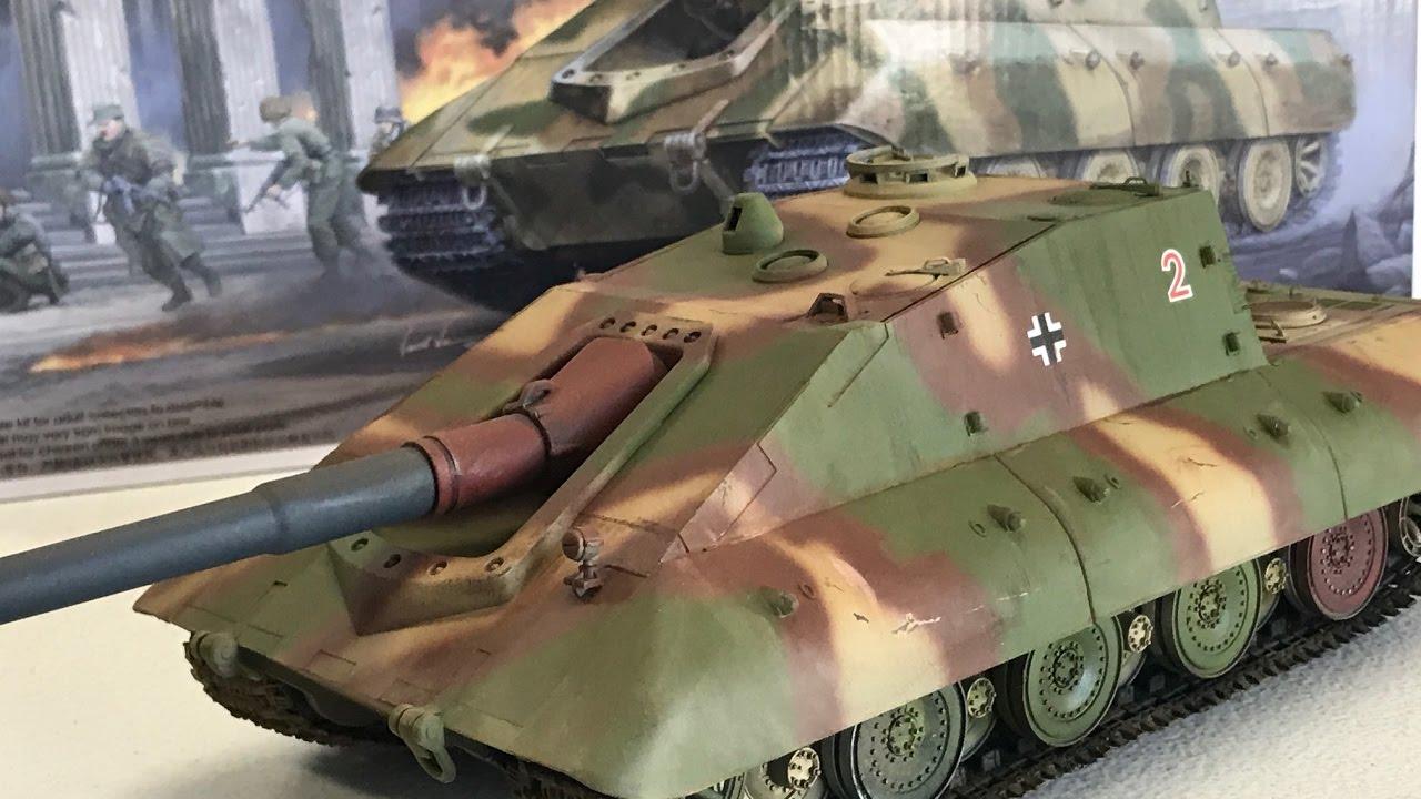 Building the 1/35 Trumpeter German Super Heavy Tank ...