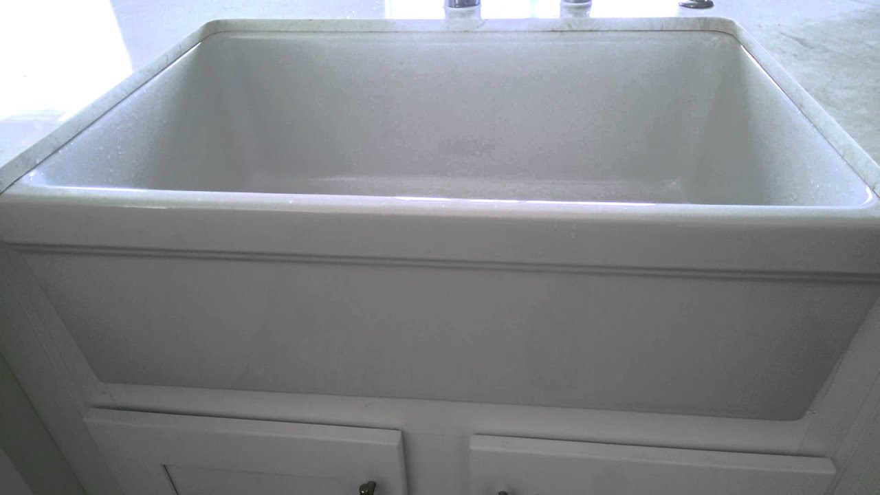 WhiteHaus Farmhaus Sink, model#WHQ530 - YouTube
