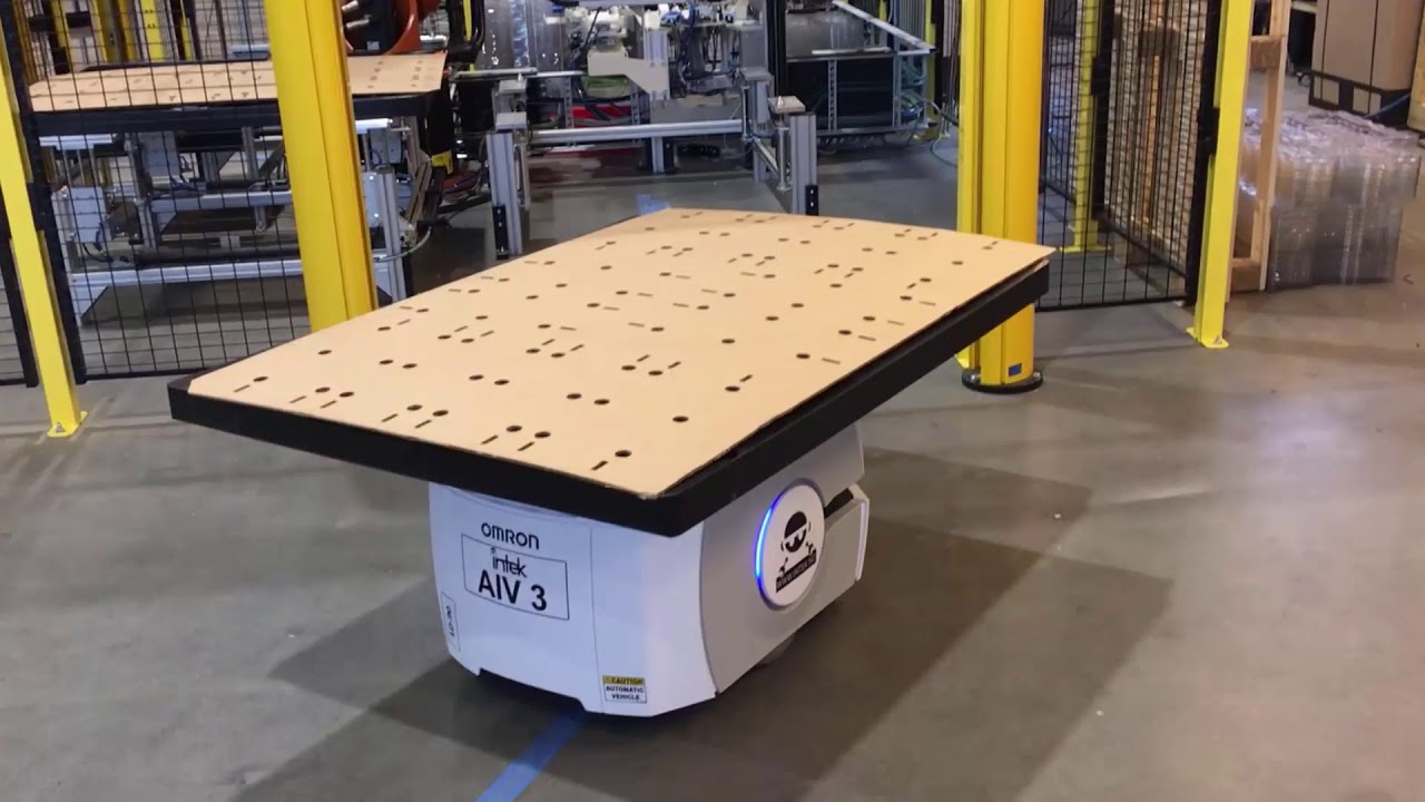Mobile robots speed production at smart factory in Norway