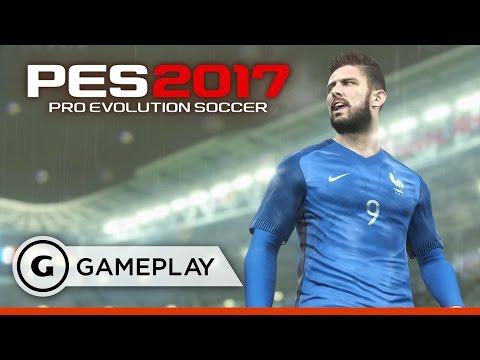 11 Minutes of Pro Evolution Soccer 2017 - Arsenal FC vs Man Blue Gameplay