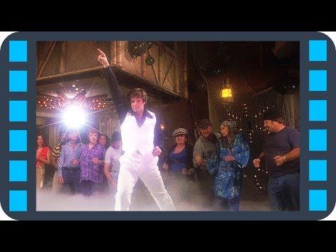Песня из фильма за бортом в баре