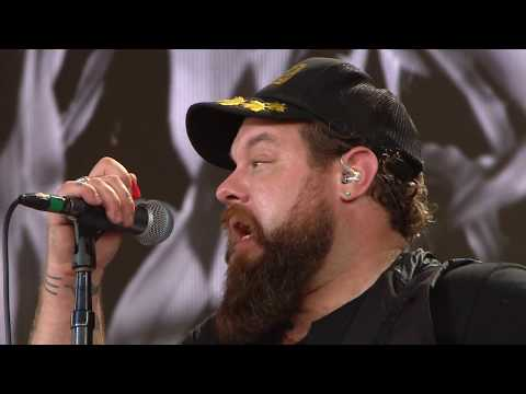 Nathaniel Rateliff and the Night Sweats -  I Need Never Get Old (Live at Farm Aid 2017)