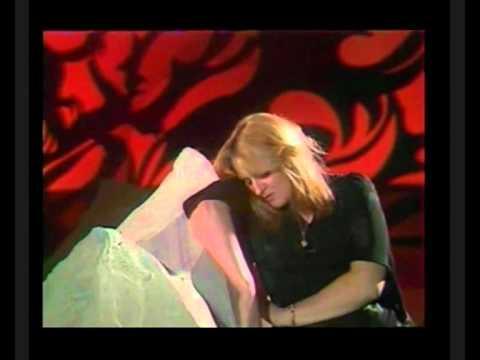Kelly Marie Sing Along Alone