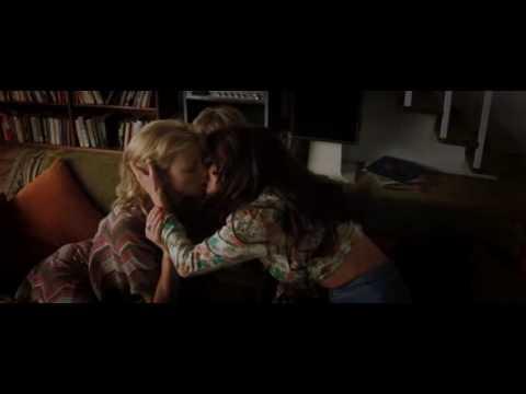 hutch starsky lesbian kiss and