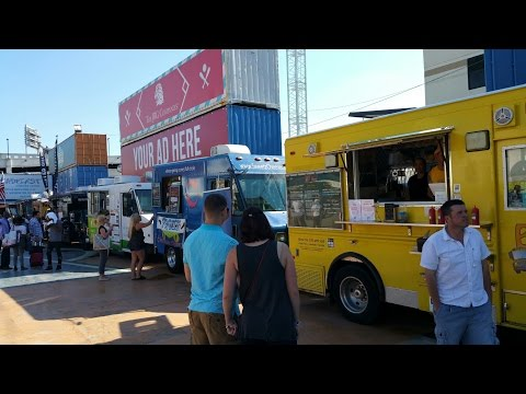 Food Trucks and Museums - D.C. Style