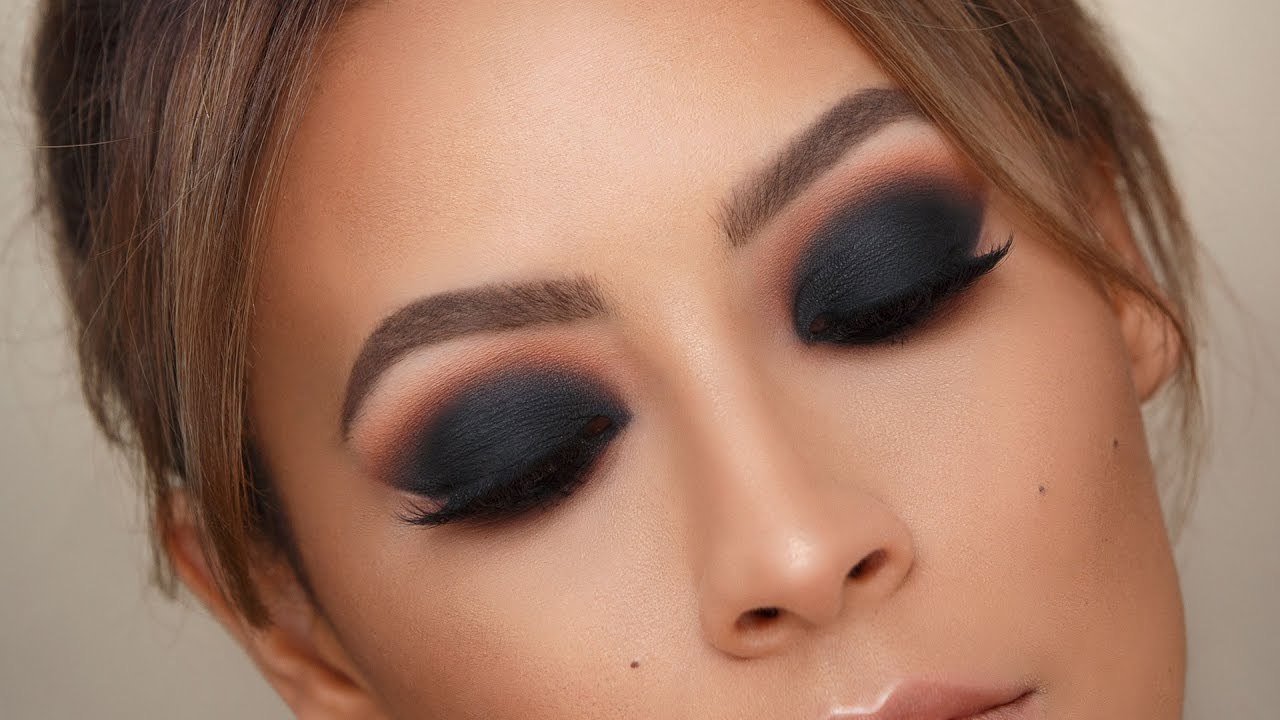 black smokey eye - best tips for blending | desi perkins - youtube