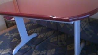 Кухонный столик.