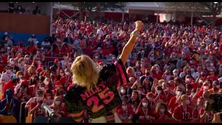Download Miley Cyrus - Angels Like You (Live at the SuperBowl #TiktokTailgate)
