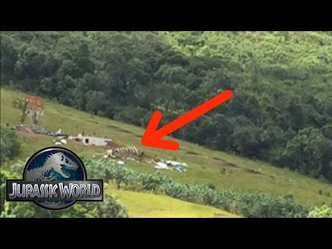Jurassic World 2 News - Huge Skeleton In Set Photo