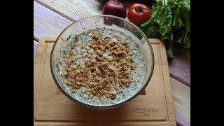 Летний холодный суп на кефире: рецепт от Foodman.club
