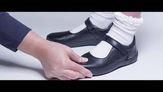 Gambar cover How to check the fit of your children's shoes
