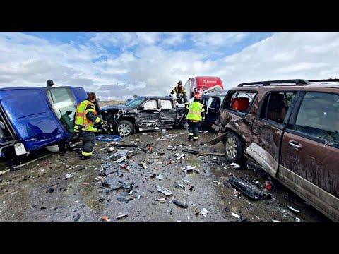 2 People Injured From Jumping Off 100ft Bridge   30 Vehicle Pileup Involving Semi Trucks In Montana