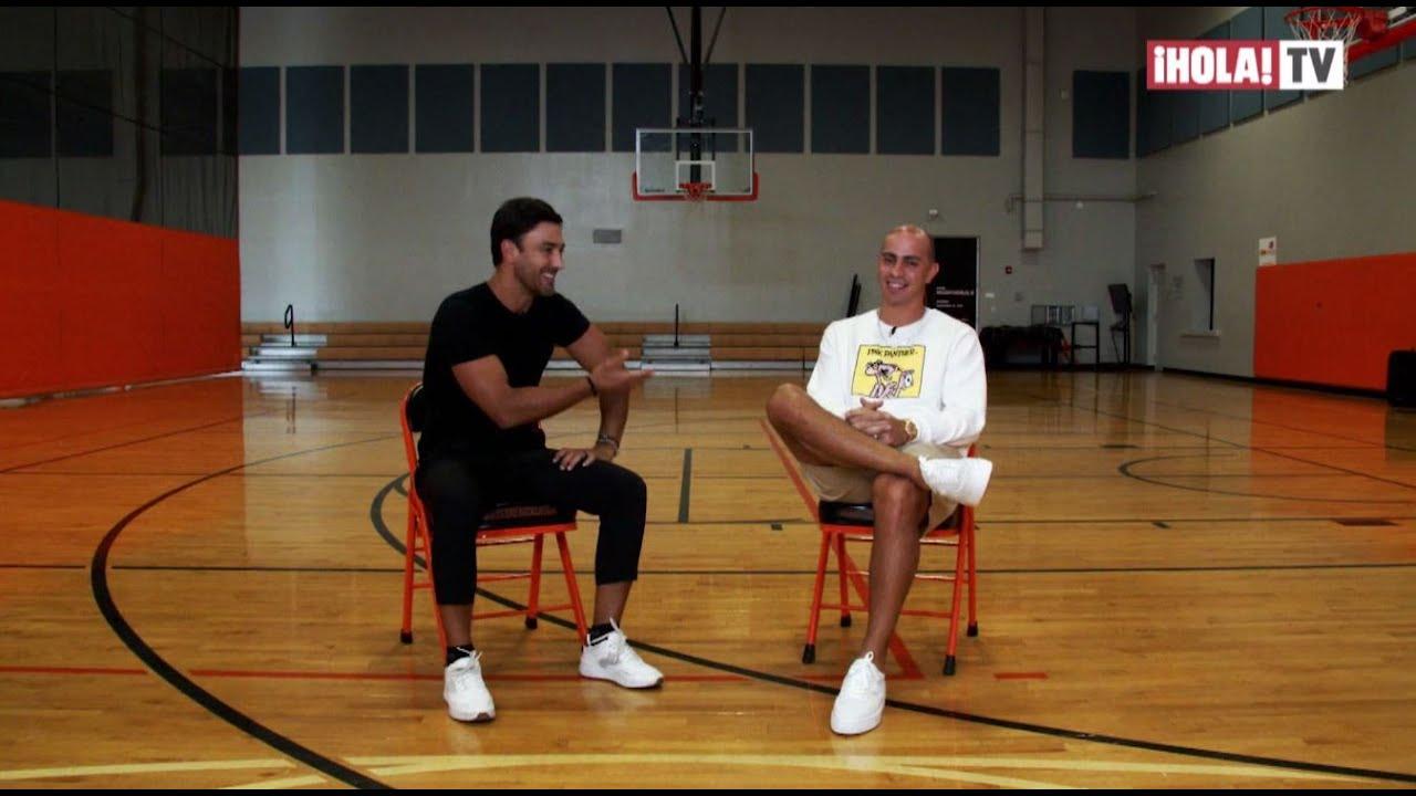 """Download De basquetbolista a músico urbano: Carlos Arroyo, lanza sencillo """"Aruba"""" con Farruko   ¡HOLA! TV"""