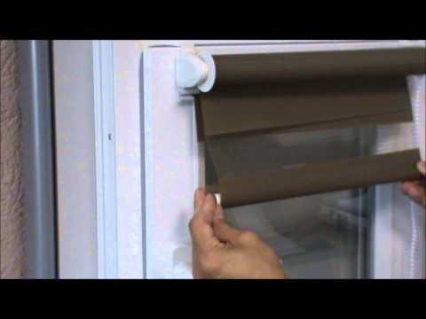 """Установка рулонной шторы """"день ночь"""" на окно"""