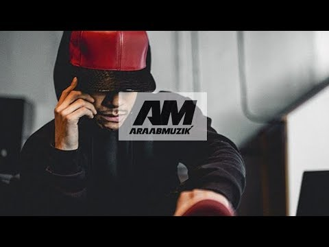 araabMUZIK Making Beats using AKAI MPC