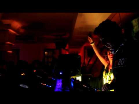 9Elle Kapital M80 Radio Party 30.04.2010