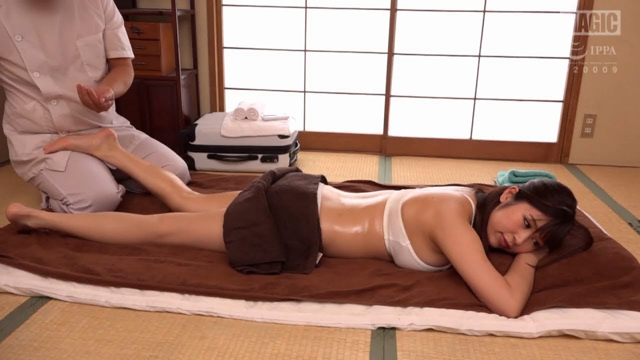 Malay asian orgasm massage by woman beautiful korean brunette gets erotic massage the olive seed